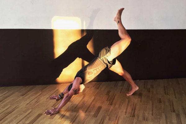 bodyart-qwellness-fitness-gimnasio-economico-pilates-yoga-boxeo-piscina-web