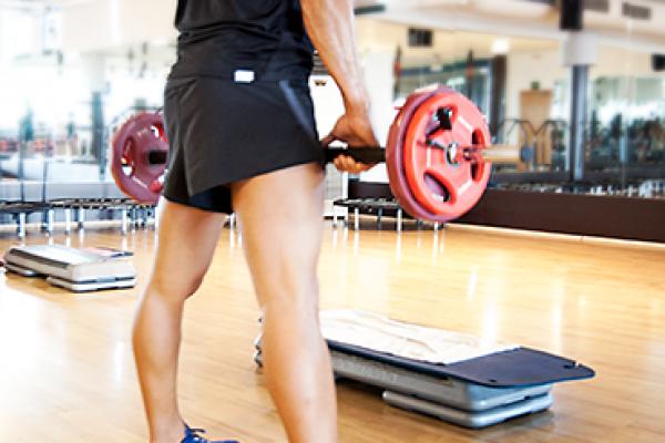dirigidas-fitness-crossfit-yoga-pilates-danza-piscina-boxeo-judo-natacion