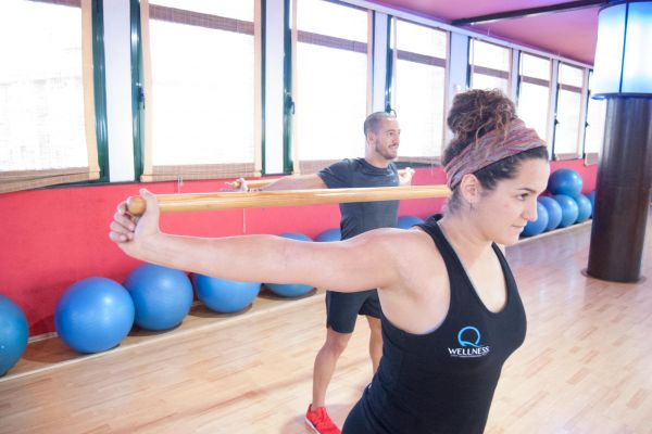 stretching-gimnasio-qwellness-fintness-sabadell